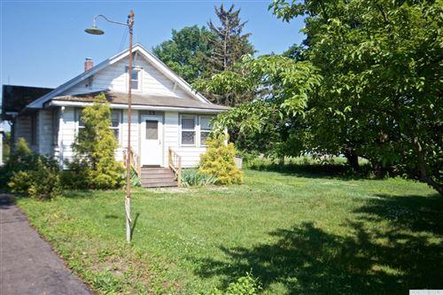 Photo of 15 Allendale Rd E, Stuyvesant, NY 12173 (MLS # 137862)