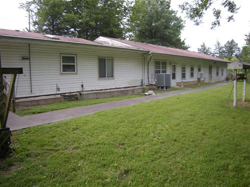 Photo of 17724 CLEAR SPRINGS DR, BOONVILLE, MO 65233 (MLS # 401015)