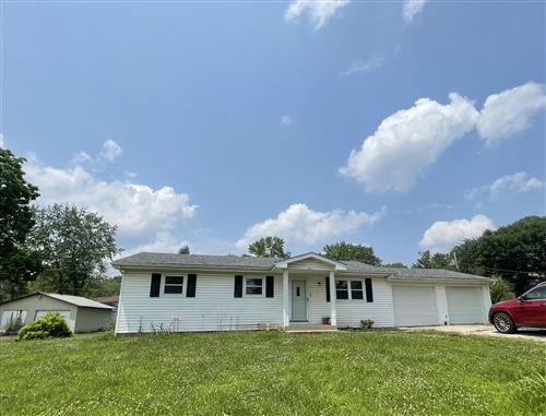 Photo of 333 E CLEARVIEW DR, COLUMBIA, MO 65202 (MLS # 401476)