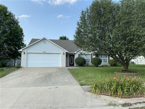 Photo of 5703 CANDLEWOOD DR, COLUMBIA, MO 65202 (MLS # 401490)