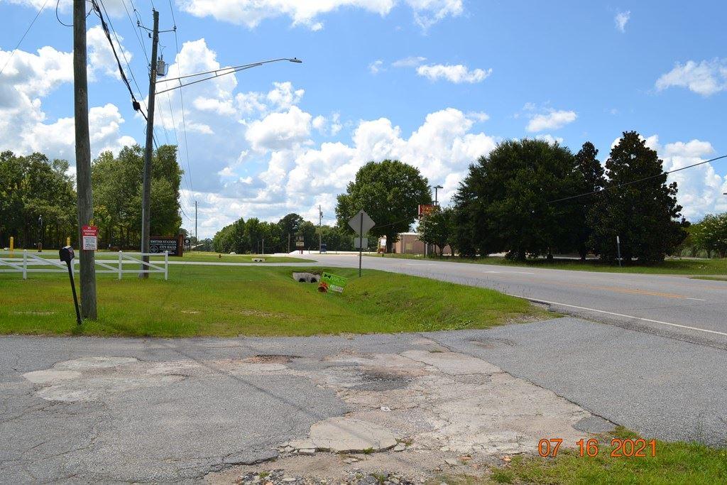 Photo of 2368 LEE ROAD 0430, SMITHS STATION, AL 36877 (MLS # 187320)