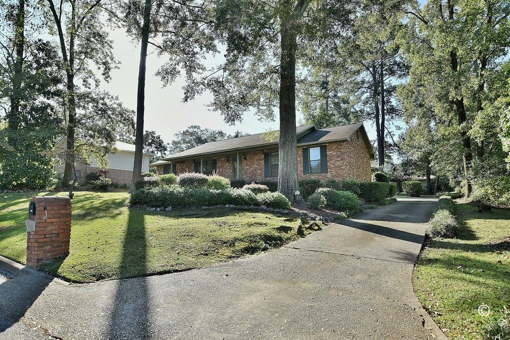 Photo of 2005 LANDAU DRIVE, PHENIX CITY, AL 36867 (MLS # 181845)