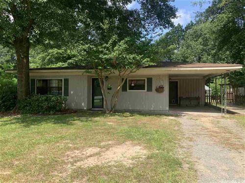 Photo of 3604 W Greenway, Pine Bluff, AR 71603 (MLS # 21023015)