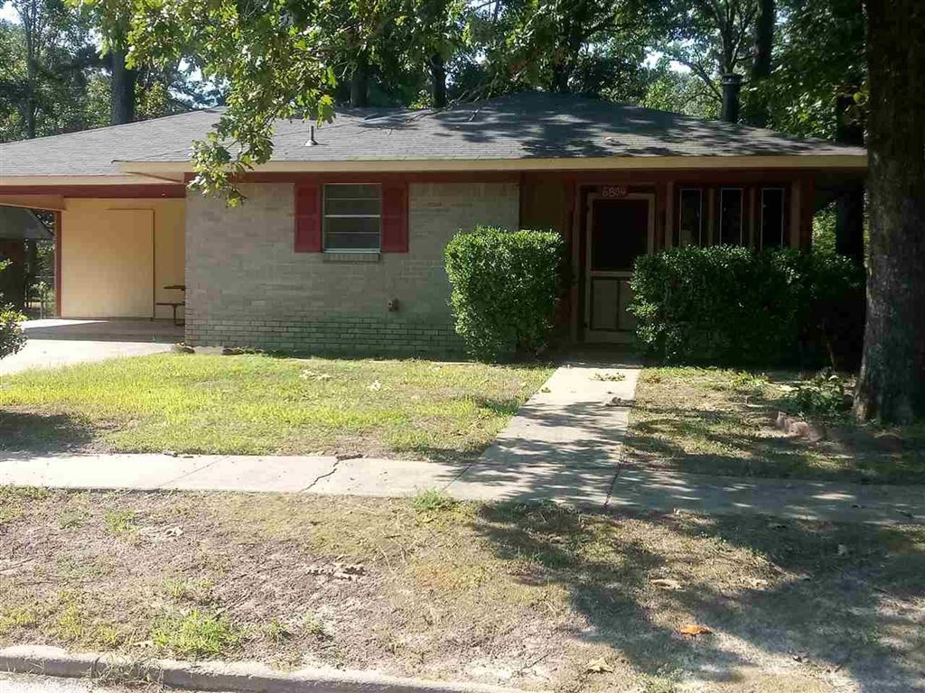 Photo for 6804 Brierwood Dr, Pine Bluff, AR 71602 (MLS # 19026036)