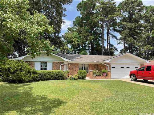 Photo of 1403 Silver Fox Lane, Pine Bluff, AR 71603 (MLS # 21024069)