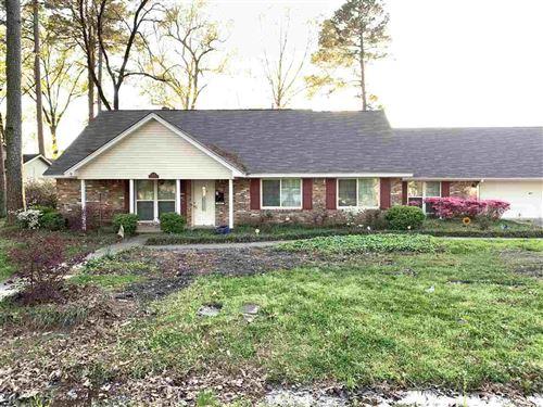 Photo of 4018 S Linden, Pine Bluff, AR 71603-0000 (MLS # 21010178)
