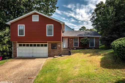 Photo of 8 Castle Hill Court, Little Rock, AR 72227 (MLS # 20021321)
