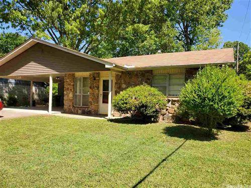 Photo of 8216 Winterwood Drive, Little Rock, AR 72209 (MLS # 21011532)