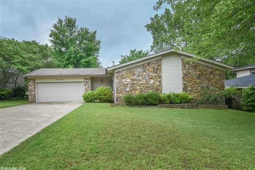 Photo of 1124 Southedge Drive, Little Rock, AR 72227 (MLS # 20015814)