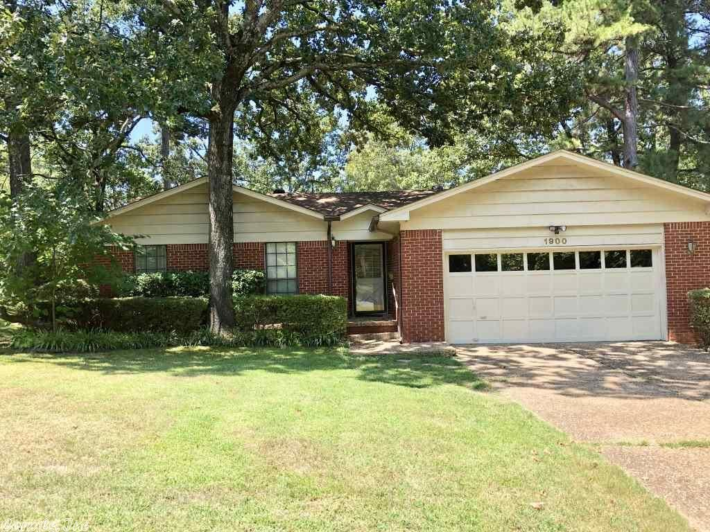 Photo for 1900 Alberta Drive, Little Rock, AR 72227-3905 (MLS # 19026852)