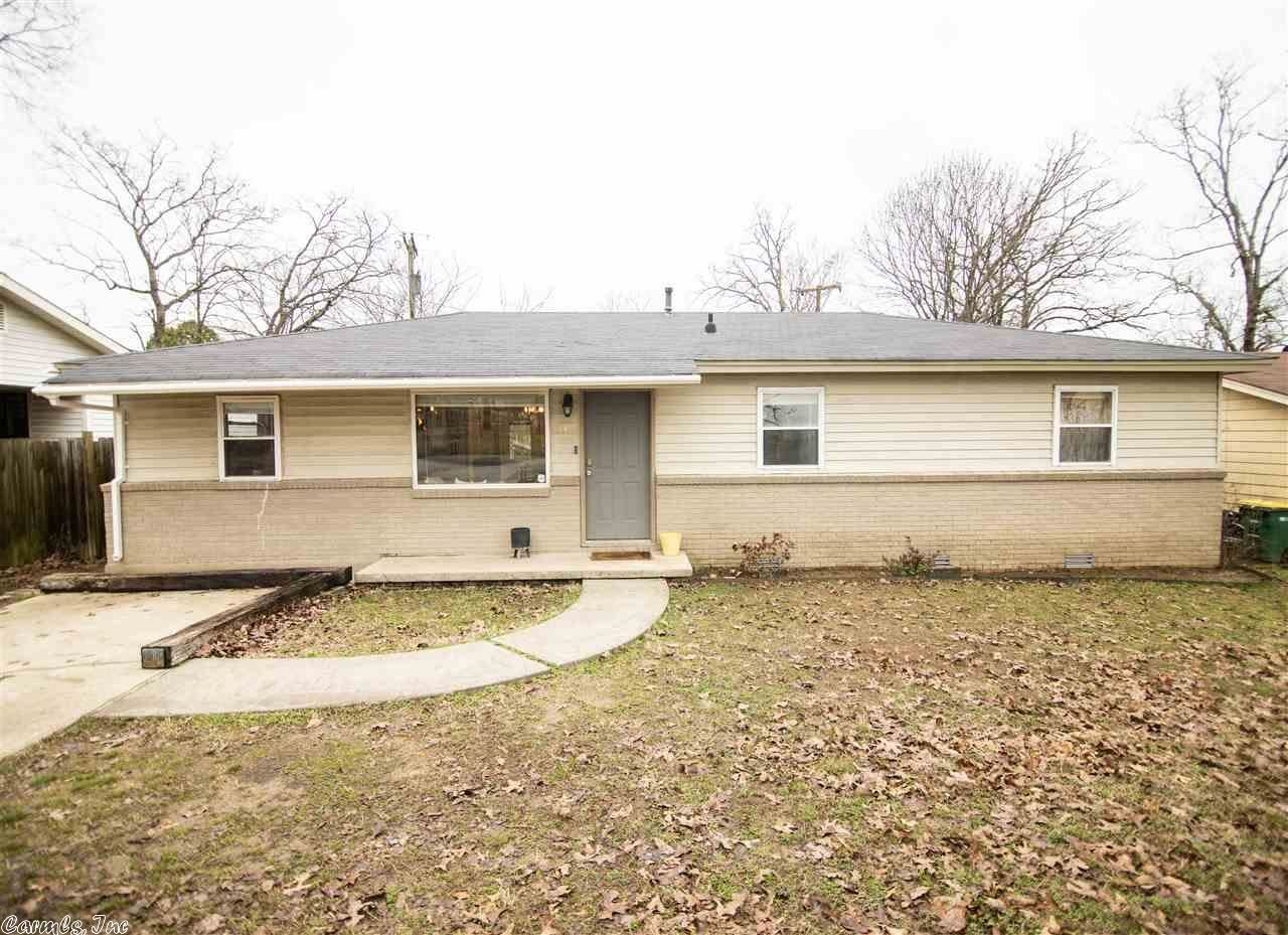 Photo for 53 Oakview Drive, North Little Rock, AR 72118 (MLS # 21005974)