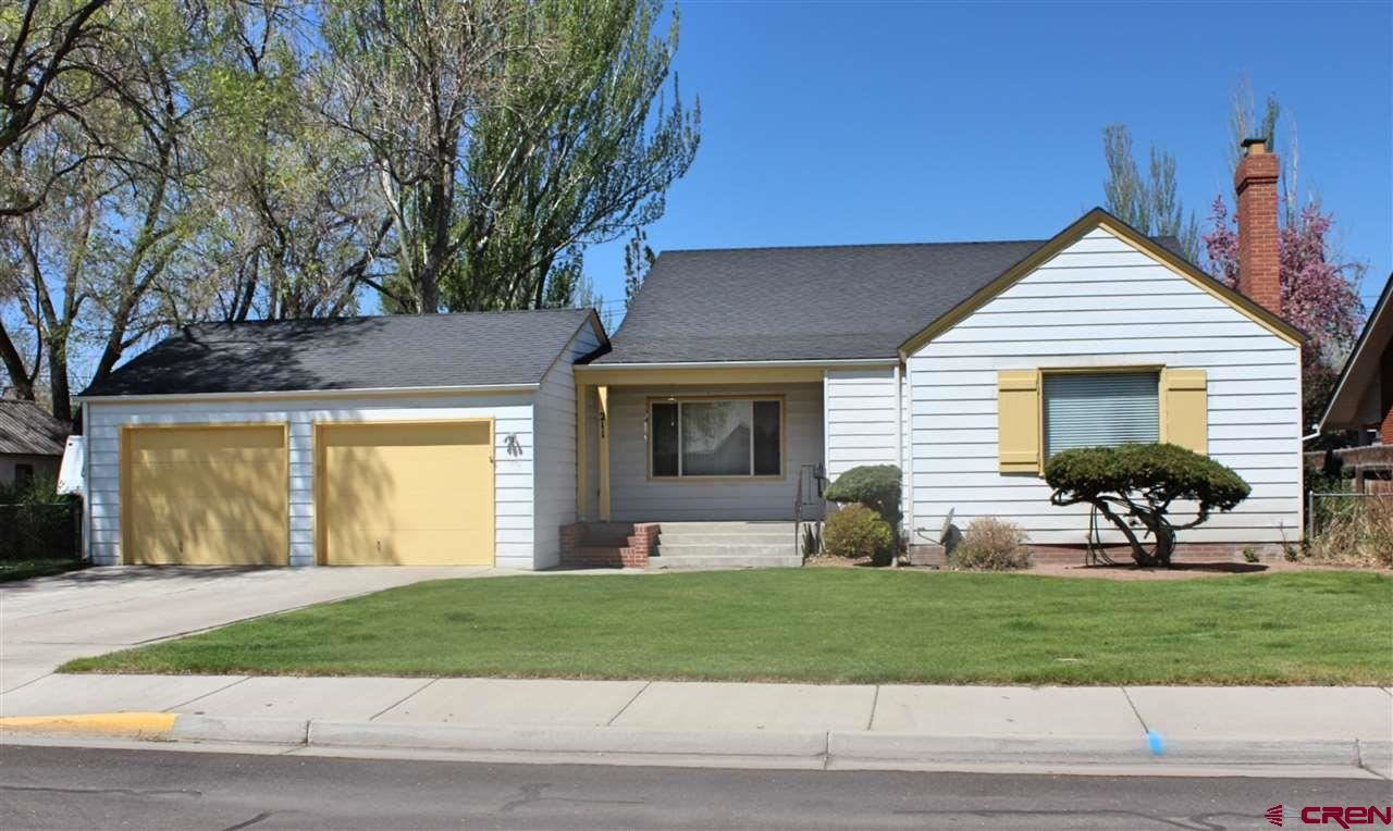Photo of 211 La Veta Avenue, Alamosa, CO 81101 (MLS # 769323)