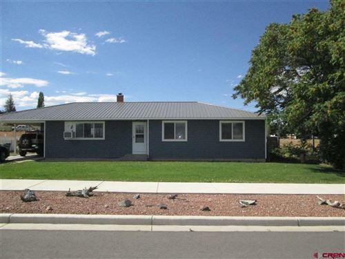 Photo of 1628 E Oak Grove Road, Montrose, CO 81401 (MLS # 771904)
