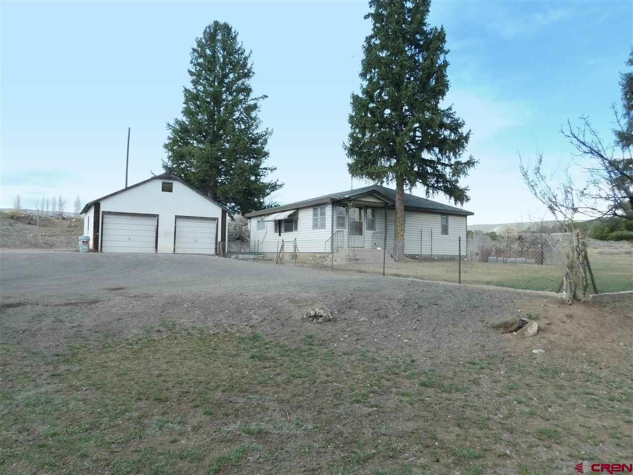 Photo for 520 SE Deer Trail Avenue, Cedaredge, CO 81413 (MLS # 780914)