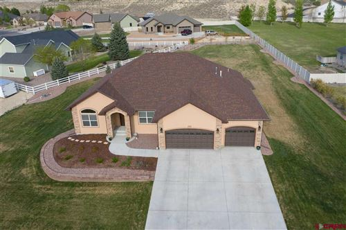 Photo of 2121 Hill Street, Montrose, CO 81401 (MLS # 781944)