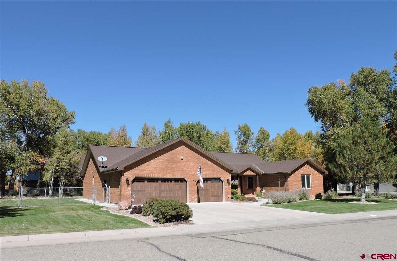 Photo of 210 Shadow Wood Drive, Alamosa, CO 81101 (MLS # 766959)