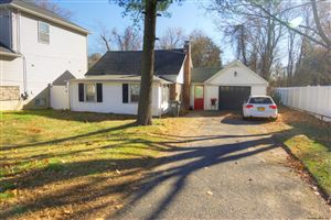 Photo of 7 WILLOWDALE TER, Colonie, NY 12205 (MLS # 201935011)