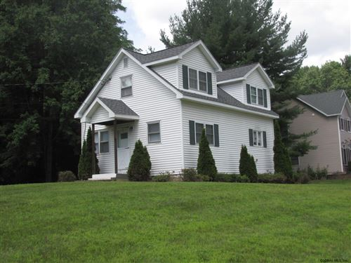 Photo of 3145 OLD STATE RD, Guilderland TOV, NY 12303 (MLS # 202111012)