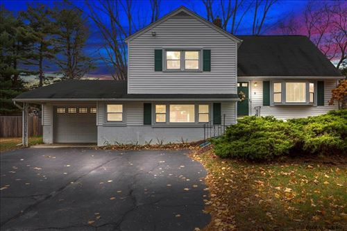 Photo of 3 PATTEN DR, Colonie, NY 12211 (MLS # 202033015)