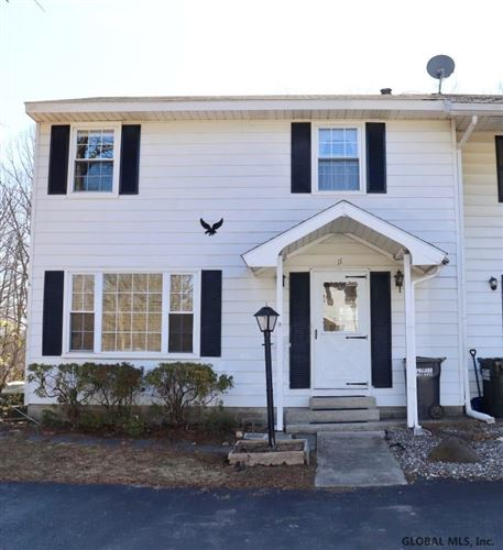 Photo of 11 MOUNTAIN DALE CT, Altamont, NY 12009 (MLS # 202015141)