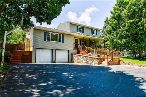 Photo of 40 BAKER DR, Northumberland, NY 12831 (MLS # 202019151)