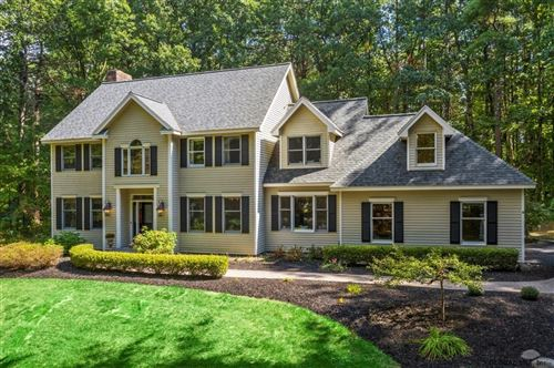 Photo of 9 ROLLING BROOK DR, Saratoga Springs, Outside, NY 12866 (MLS # 202029180)