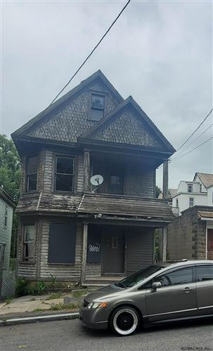 Photo of 633 LANG ST, Schenectady, NY 12308 (MLS # 202129297)