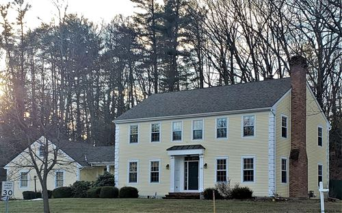 Photo of 25 RELYEA RD, Guilderland TOV, NY 12186 (MLS # 202010311)