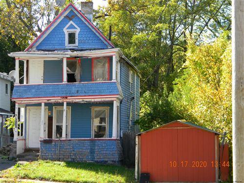 Photo of 802 DAVIS TER, Schenectady, NY 12303 (MLS # 202033318)