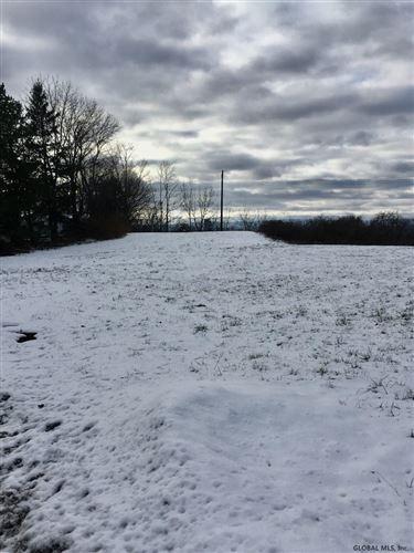 Photo of 504 BLOOMINGROVE DR, North Greenbush, NY 12144 (MLS # 202110390)