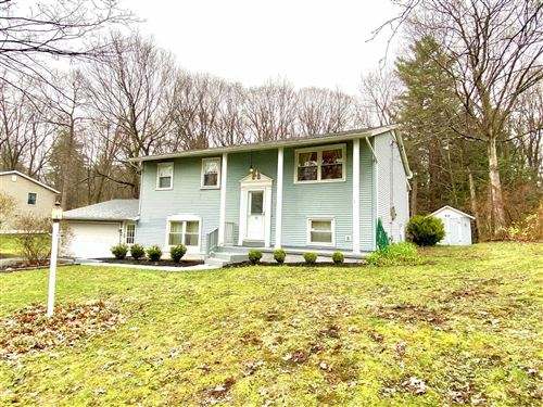 Photo of 68 QUEVIC DR, Saratoga Springs, NY 12866 (MLS # 202015412)