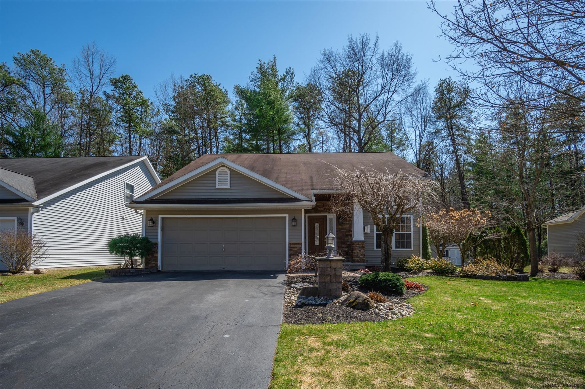 19 WOOD THRUSH CT, Ballston Spa, NY 12020 - #: 202115422