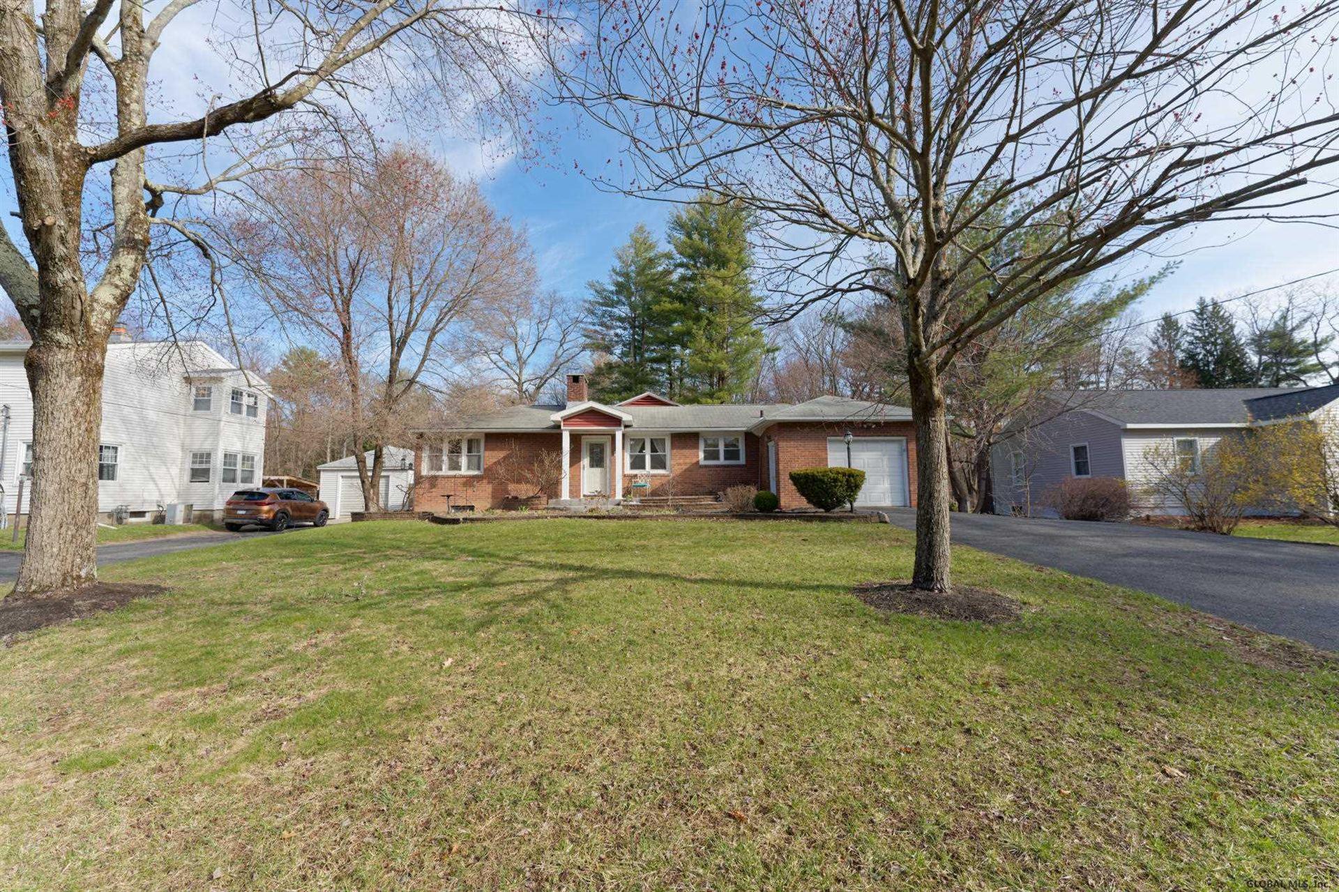 9 NEW SHAKER RD, Colonie, NY 12205-3615 - #: 202115453
