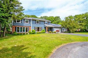 Photo of 33 LACY LA, Colonie, NY 12211 (MLS # 201925464)