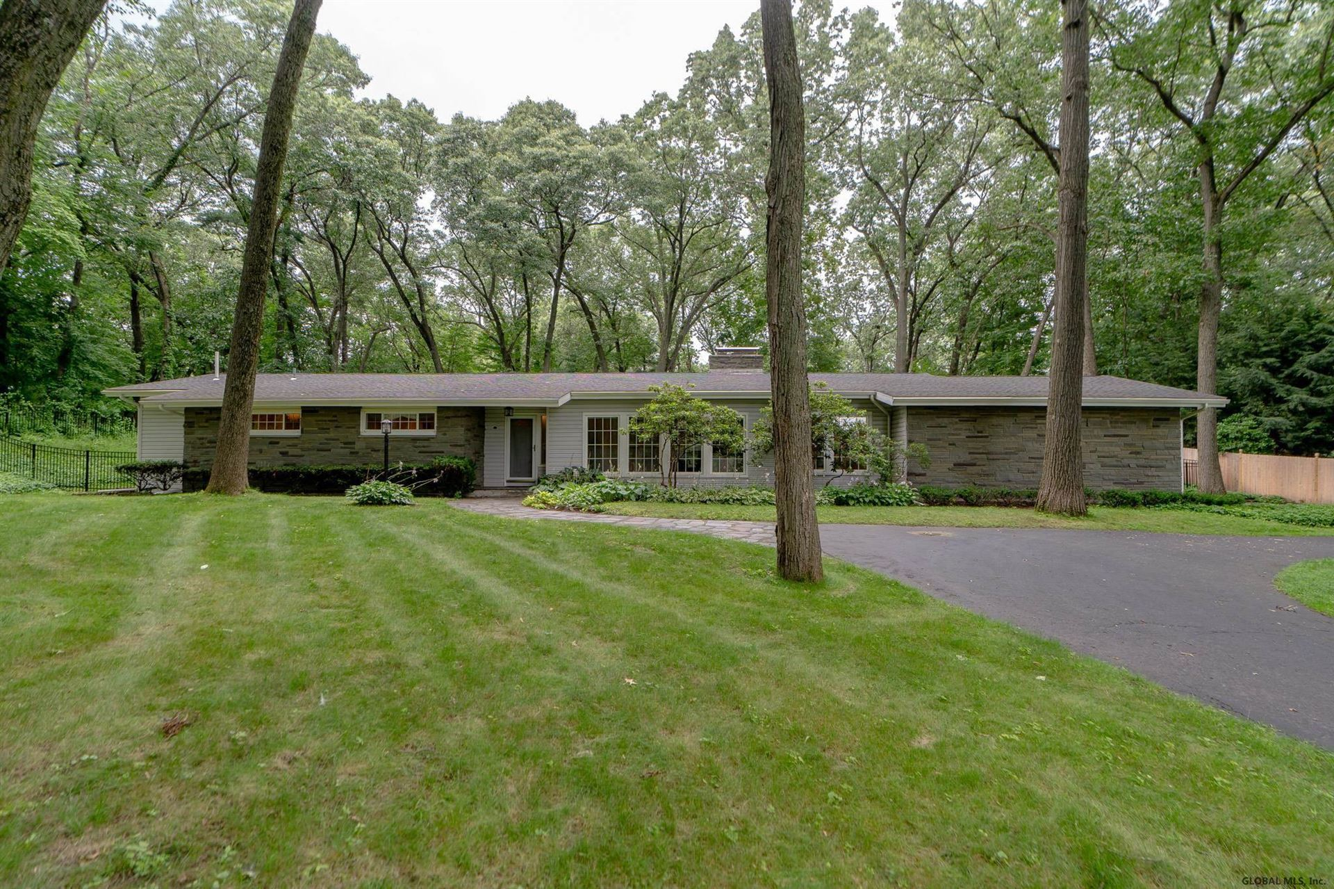 9 HILLS RD, Colonie, NY 12211-1320 - #: 202124489