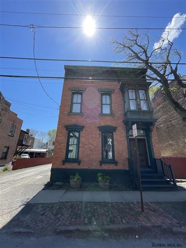 Photo of 152 FRONT ST, Schenectady, NY 12302 (MLS # 202118500)