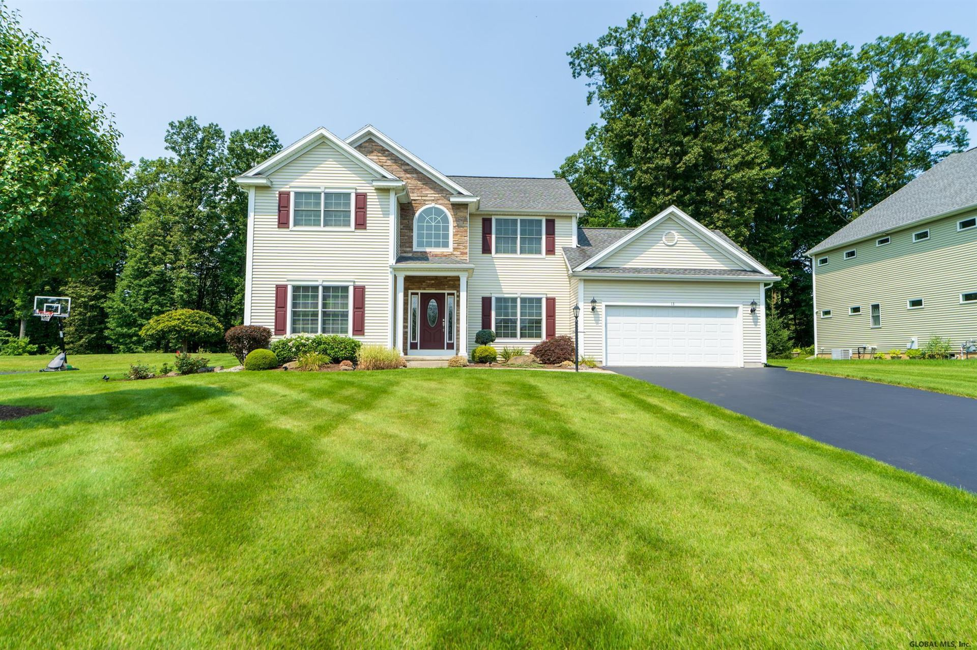 13 CHAMPAGNE CT, Colonie, NY 12189 - #: 202124566
