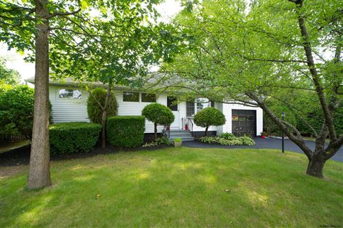 Photo of 35 CHATEAU CT, Colonie, NY 12211 (MLS # 202124586)