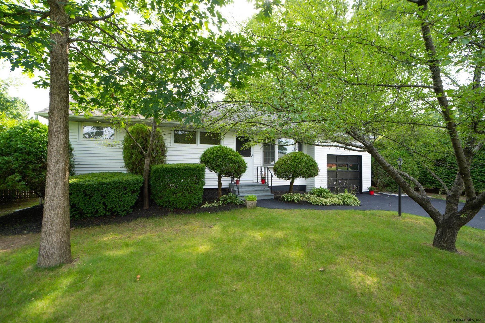 35 CHATEAU CT, Colonie, NY 12211 - #: 202124586