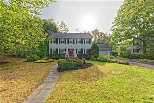 Photo of 29 FOLMSBEE DR, Menands, NY 12204 (MLS # 202110611)