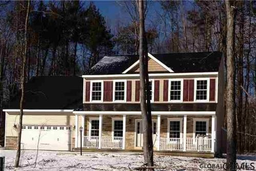 Photo of L33 WOODLAND DR, Schodack TOV, NY 12033 (MLS # 202130644)