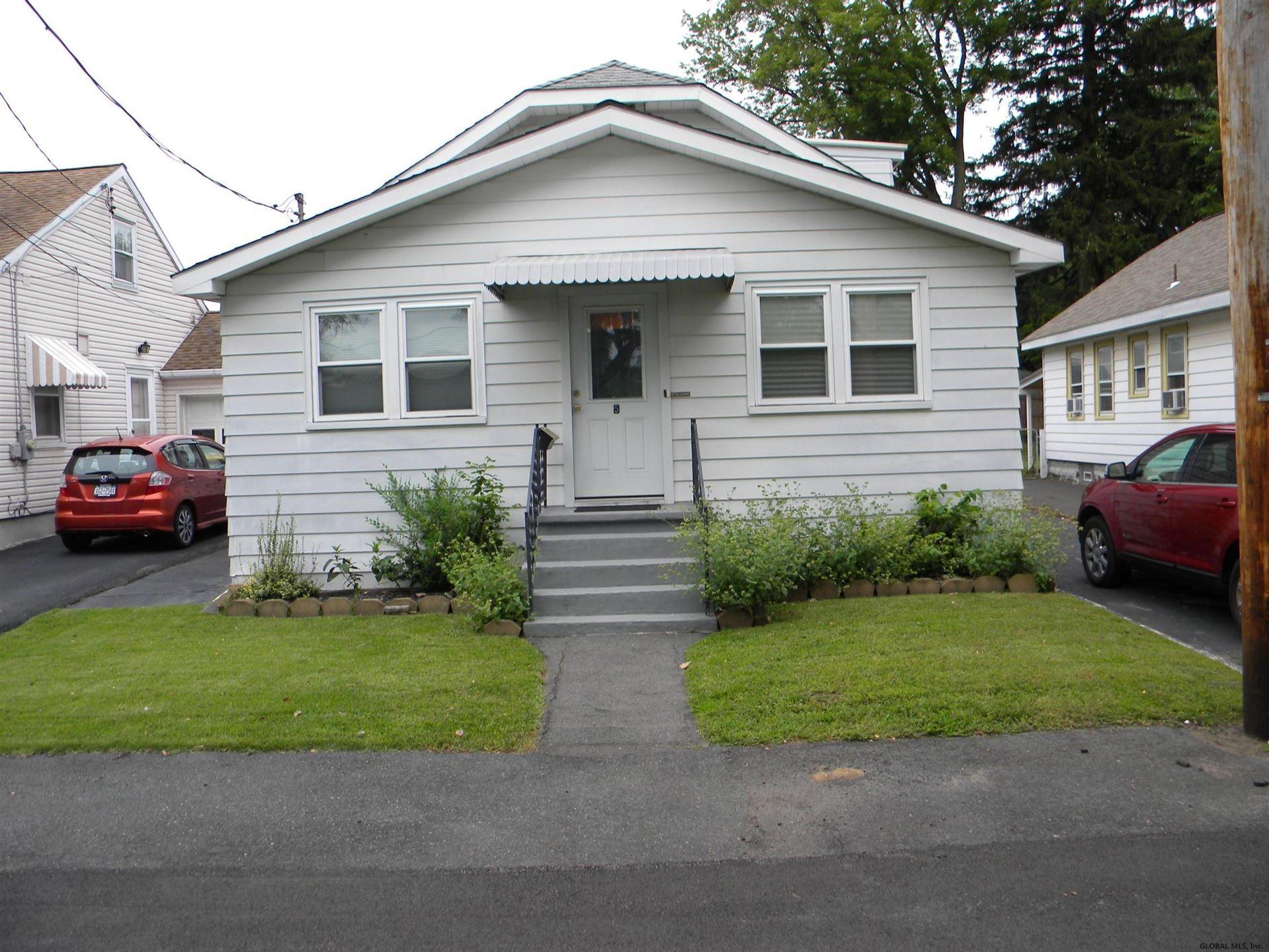 5 OAKLAND AV, Colonie, NY 12205 - #: 202127667