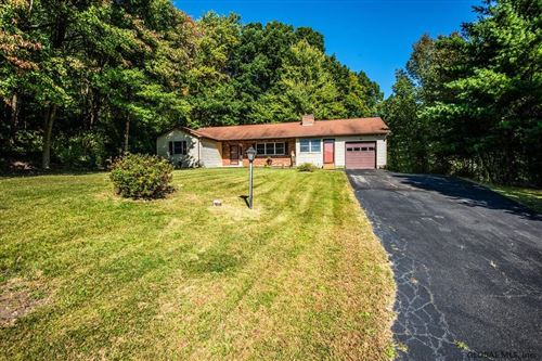 Photo of 18 MIDDLE CT, Sand Lake, NY 12196 (MLS # 202028675)