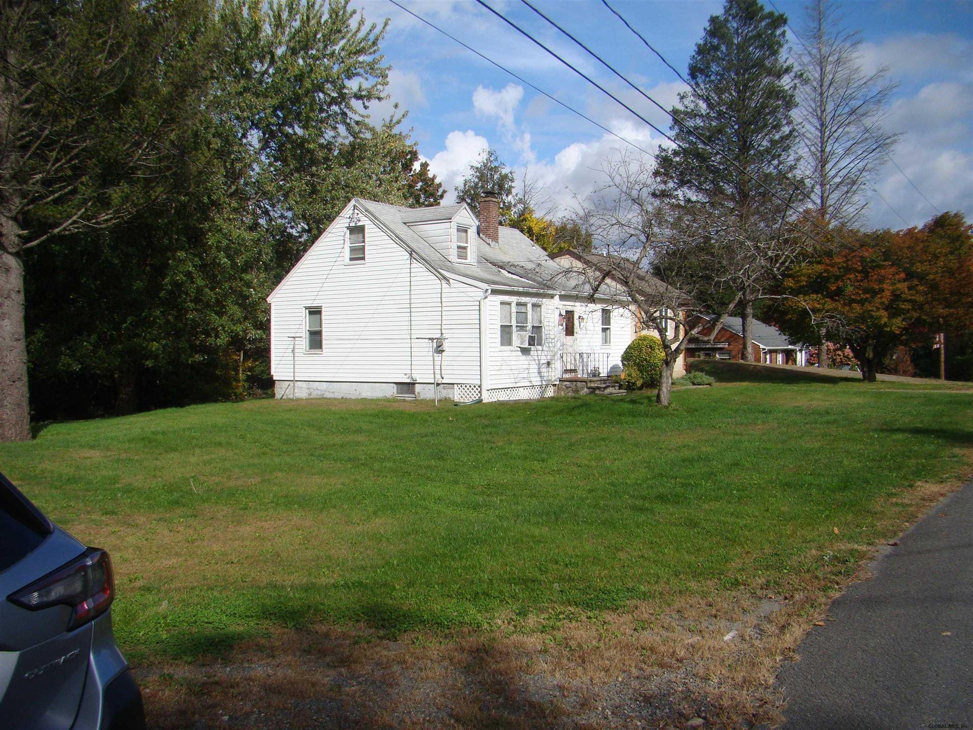 1 HOYT RD, North Greenbush, NY 12198-7823 - #: 202130698