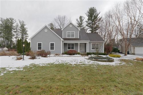 Photo of 118 BRIAN CREST CT, Rotterdam, NY 12306 (MLS # 202013718)