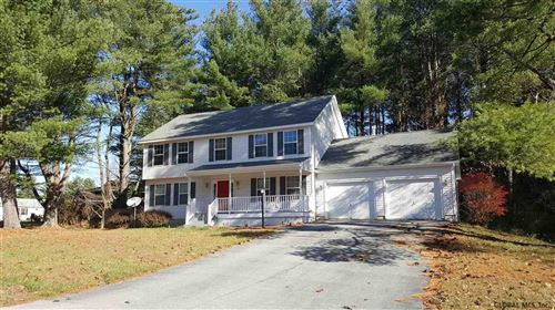 Photo of 4 ROUND TABLE RD, Saratoga Springs, NY 12866 (MLS # 202127729)