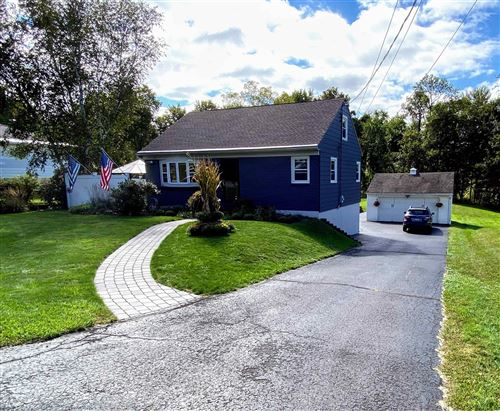 Photo of 28 BUCKBEE RD, North Greenbush, NY 12180-8441 (MLS # 202128820)