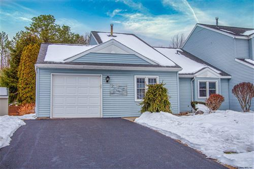 Photo of 1152 SPEARHEAD DR, Glenville, NY 12302 (MLS # 201935897)