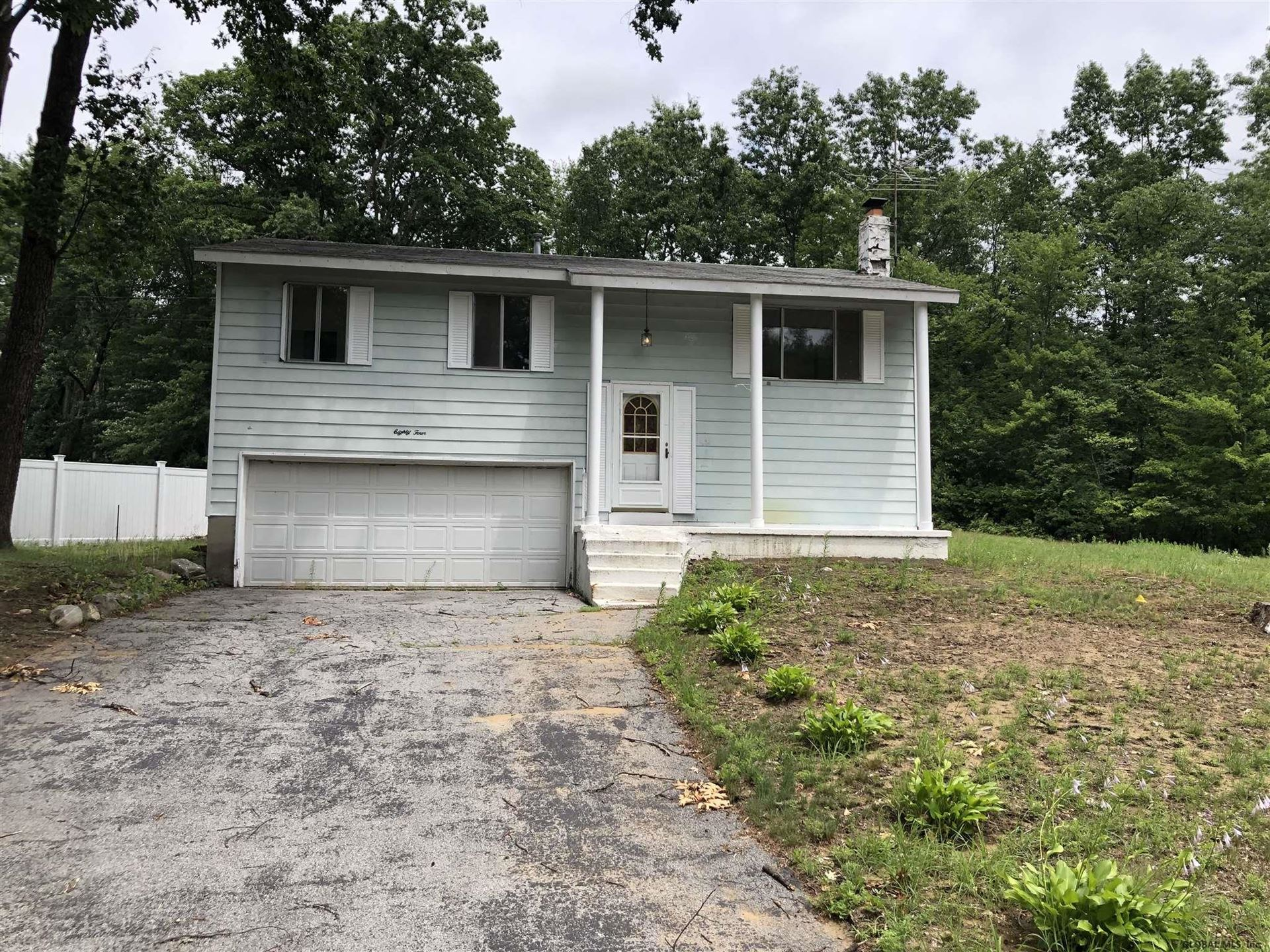 84 QUEVIC DR, Saratoga Springs, NY 12866 - #: 202022906