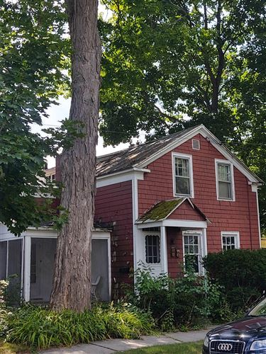 Photo of 10 MARION PL, Saratoga Springs, NY 12866 (MLS # 202112931)